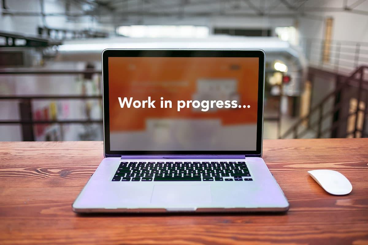Le nouveau site internet d'AQ Manager se prépare grâce à la collaboration de l'agence Poush et l'agence Stratenet
